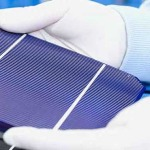 Researchers Develop 'World's First Rechargeable Solar Battery' to Run on Light and Air