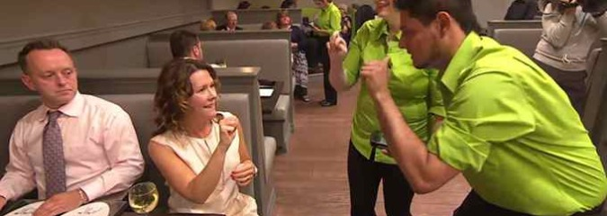 New Restaurant Teaches Customers Sign Language