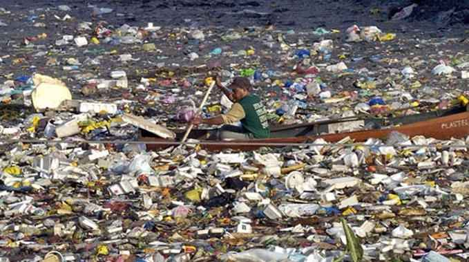 There will be more plastic than fish in the ocean by 2050, according to a new report from the Ellen MacArthur Foundation. Photo credit: Plastic Pollution