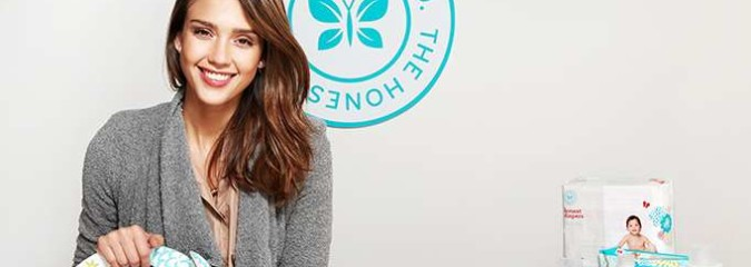 "Jessica Alba's ""Honest Company"" Sued Over Toxic Ingredients In ""Organic"" Products (Avoid Their Baby Formula!)"