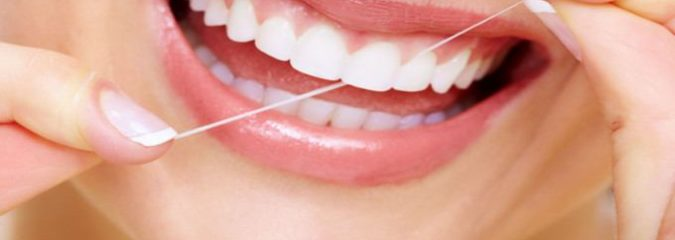 """Review of Studies Suggests Flossing is """"Very Unreliable"""""""