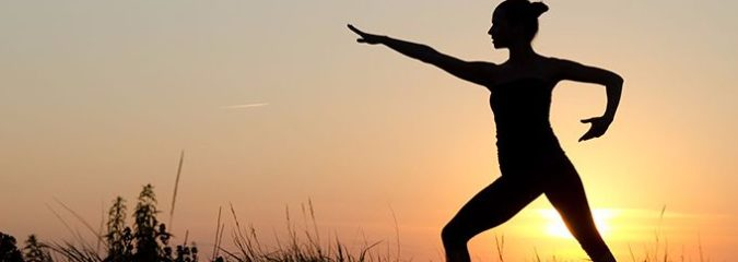 6 Big Benefits of Tai Chi Plus Simple Workout for Beginners