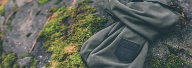 World's First Scarf With Built-In Technology Filters 95% Of Airborne Contaminants