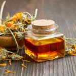 5 Big Benefits of Calendula Oil and How to Make Your Own