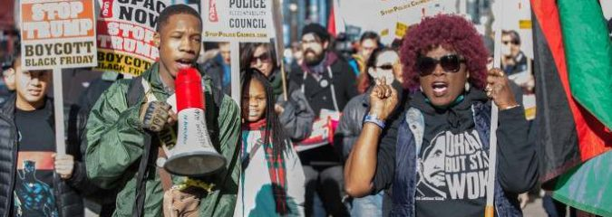 Black Friday Chicago March Protests Police Violence, Demands Accountability