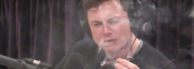 Elon Musk Smokes Weed On Camera With Joe Rogan And Says He's An Alien