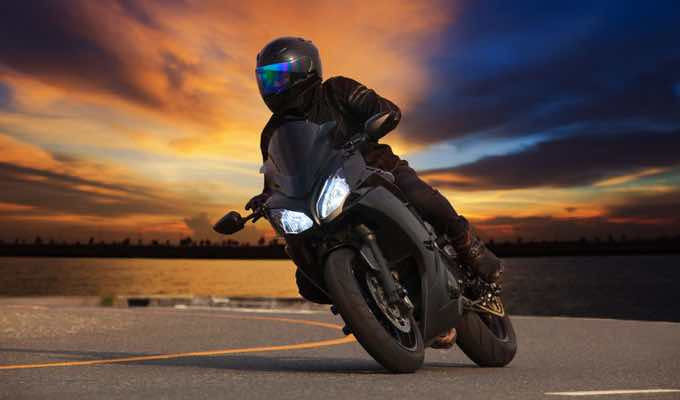 A Guide to Buying Motorcycle Helmets Online